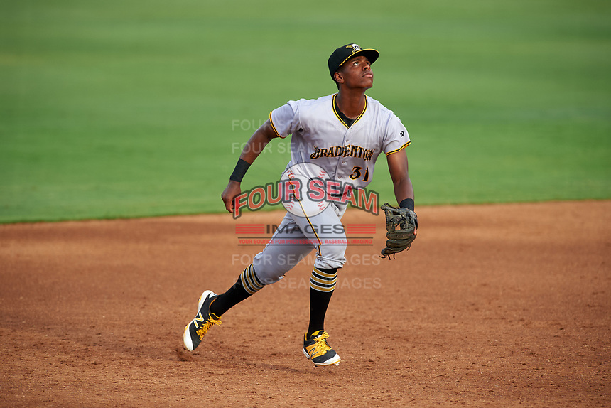 Bradenton Marauders third baseman Ke'Bryan Hayes (31) tracks a pop up during a game against the Dunedin Blue Jays on July 17, 2017 at Florida Auto Exchange Stadium in Dunedin, Florida.  Bradenton defeated Dunedin 7-5.  (Mike Janes/Four Seam Images)