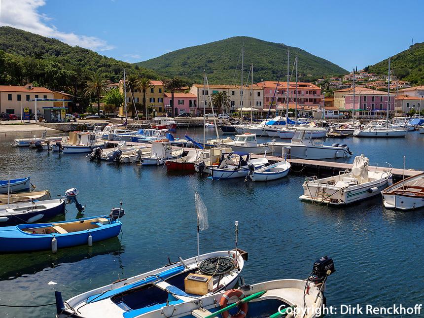 Hafen von Cavo, Elba, Region Toskana, Provinz Livorno, Italien, Europa<br /> Port of Cavo, Elba, Region Tuscany, Province Livorno, Italy, Europe