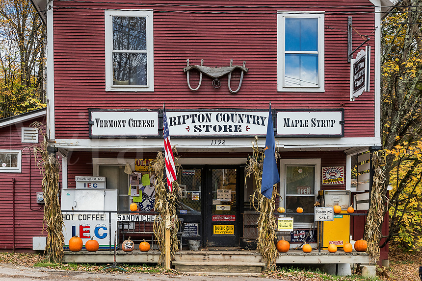 Charming Ripton Country Store, Vermont, USA.