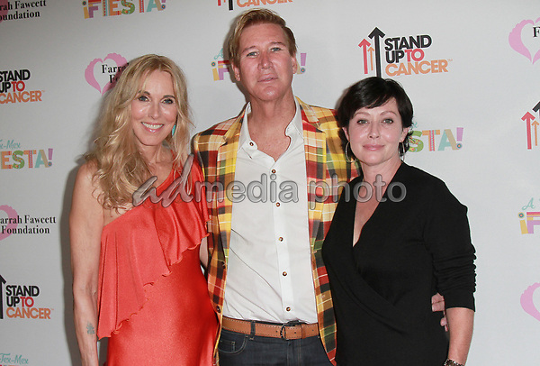 9 September 2017 - Shannen Doherty, Alana Stewart, Lawrence D. Piro attend Farrah Fawcett Foundation's 'Tex-Mex Fiesta' event honoring Stand Up To Cancer at the Wallis Annenberg Center for the Performing Arts . Photo Credit: Theresa Bouche/AdMedia