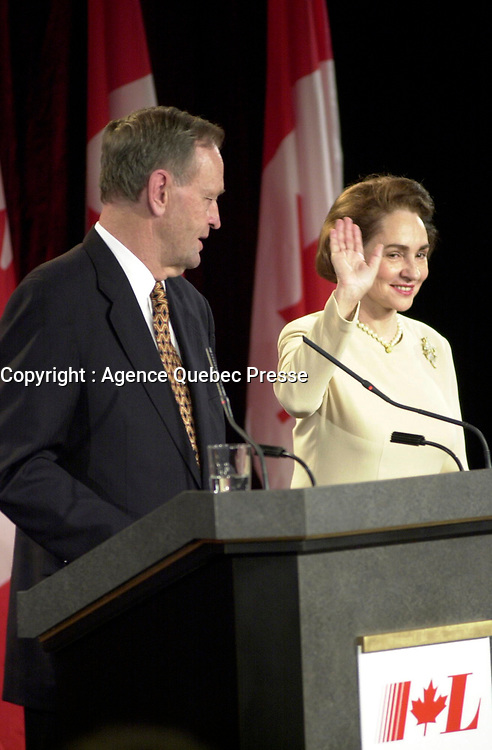 Shawinigan, November 28, 2000<br /> Reelected Canadian Prime Minister Jean Chretien and hus wife Aline speak in front of Liberal supporters in Chretien riding.<br /> Photo : Pierre Rousse
