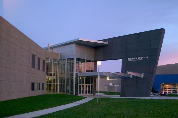 University of Kentucky's Bernard M. Johnson Student Recreational Center | Architect: HNTB