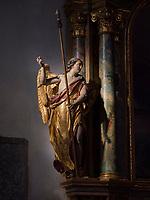 Kirche im Dorf Algund bei Meran, Region Südtirol-Bozen, Italien, Europa<br /> inside church,  Lagundo village near Merano, Region South Tyrol-Bolzano, Italy, Europe