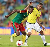 Colombia's Wilmar Barrios (r) and Cameroon's Arnaud Djoum during international friendly match. June 13,2017.(ALTERPHOTOS/Acero) (NortePhoto.com) (NortePhoto.com)
