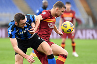 Stefan de Vrij of FC Internazionale and Edin Dzeko of AS Roma compete for the ball during the Serie A football match between AS Roma and FC Internazionale at Olimpico stadium in Roma (Italy), January 10th, 2021. Photo Andrea Staccioli / Insidefoto