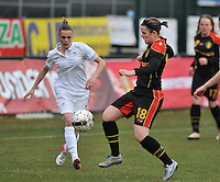 France U19 - Belgium U19 : Maria Laura Aga Martinez (right) in a duel with Faustine Robert (left).foto DAVID CATRY / Nikonpro.be