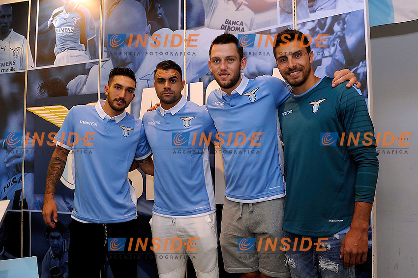Home ss Lazio shirt   www.insidefoto.com