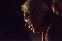Nach zwei Jahren ohne eigene Ausstellungsraeume eroeffnet die Galerie fuer Photographie C/O Berlin am 30. Oktober 2014 am neuen Standort im Amerika Haus am Bahnhof Zoo in der Hardenbergstraße 22-24 in Berlin-Charlottenburg.<br /> Am Mittwoch den 29. Oktober 2014 gab es ein Opening fuer die Presse.<br /> Im Bild: Elliott Erwitt, US-amerikanischer Fotograf und zeitweise Praesident sowie Vizepraesident der Fotoagentur Magnum Photos.<br /> 29.10.2014, Berlin<br /> Copyright: Christian-Ditsch.de<br /> [Inhaltsveraendernde Manipulation des Fotos nur nach ausdruecklicher Genehmigung des Fotografen. Vereinbarungen ueber Abtretung von Persoenlichkeitsrechten/Model Release der abgebildeten Person/Personen liegen nicht vor. NO MODEL RELEASE! Don't publish without copyright Christian-Ditsch.de, Veroeffentlichung nur mit Fotografennennung, sowie gegen Honorar, MwSt. und Beleg. Konto: I N G - D i B a, IBAN DE58500105175400192269, BIC INGDDEFFXXX, Kontakt: post@christian-ditsch.de<br /> Urhebervermerk wird gemaess Paragraph 13 UHG verlangt.]