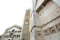 La Cattedrale di Parma, sulla sinistra, e un dettaglio del Battistero.<br /> The Cathedral of Parma, at left, and a detail of the Baptistery.<br /> UPDATE IMAGES PRESS/Riccardo De Luca