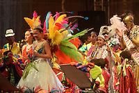 BARRANQUILLA-COLOMBIA- 25-01-2015: La fiesta de los niños llega a su versión número 25, con la coronación y la lectura del bando los Reyecitos Fabiana Calderon y Juan Diego Gonzalez que dieron comienzo a la fiesta para los niños. Con el acompañamiento de alrededor 430 bailarines en escena, 'Fabi' y 'JuanDi' hicieron realidad el 'Sueño en el mundo de Mekemba', nombre escogido por Dalfre Cantillo Gomez, director del espectáculo. Los reyecitos fueron coronados por la reina del Carnaval, Cristina Felfle y el rey momo, Carlos Cervantes en el Estadio Romelio Martinez de la ciudad de Barranquilla./ The kids party reaches its 25th version, with the coronation and reading of the 'Bando' the little kings Fabiana Calderon and Juan Diego Gonzalez kicked off the party for children. Accompanied by around 430 dancers on stage, 'Fabi' and 'JuanDi' did reality 'Dream of the world Mekemba' name chosen by Dalfre Cantillo Gomez, director of the show. The little kings were crowned by Queen of Carnival, Cristina Felfle and King momo, Carlos Cervantes at Estadio Romelio Martinez of Barranquilla. Photo: VizzorImage / Alfonso Cervantes / STR