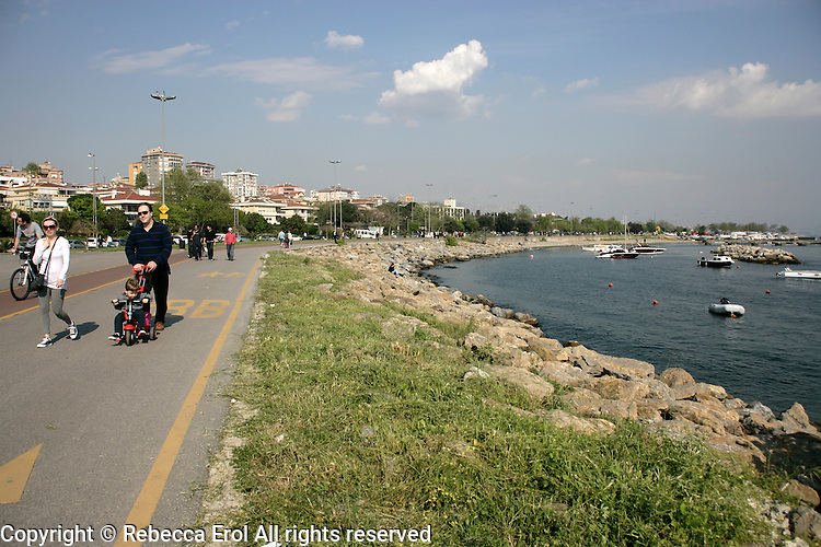 Suadiye waterfront on the Asian side of Istanbul, Turkey