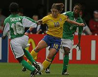 hanna Ljungstrom(Sweden) v Florence Iweta(Nigeria) 2003 WWC Sweden vNigeria