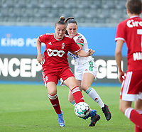 Justine Gomboso (11) of Standard and Estee Cattoor (11) of OHL battle for the ball during a female soccer game between Oud Heverlee Leuven and Standard Femina de Liege on the third matchday of the 2021 - 2022 season of Belgian Womens Super League , Sunday 5 th of September 2021  in Leuven , Belgium . PHOTO SPORTPIX.BE | SEVIL OKTEM