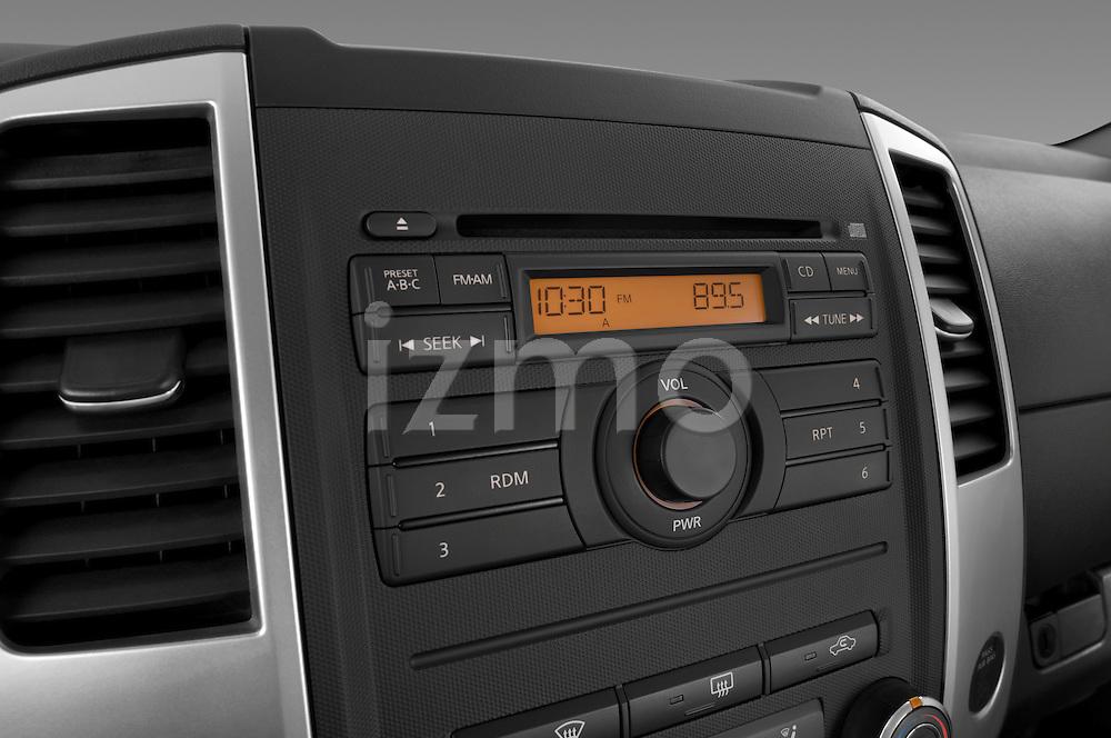 Stereo audio system close up detail view of a 2009 suzuki equator rmz4 crew cab