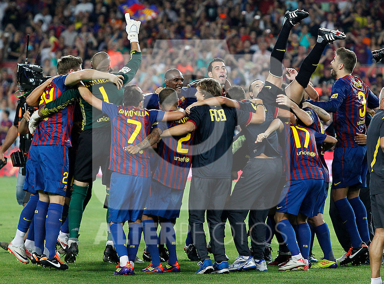 FC Barcelona's players celebrates the victory during Spanish Supercup 2nd match.August 17,2011. (ALTERPHOTOS/Acero)