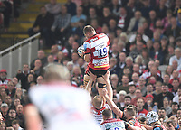 24th September 2021;  Kingsholm Stadium, Gloucester, England; Gallaher Premiership Rugby, Gloucester Rugby versus Leicester Tigers: Freddie Clarke of Gloucester wins the lineout ball