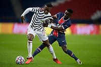 Aaron Wan Bissaka (Man Utd) vs Idrissa Gueye (PSG)<br /> Paris  20/10/2020 <br /> Paris Saint Germain PSG - Manchester United <br /> Champions League 2020/2021<br /> Photo JB Autissier / Panoramic / Insidefoto <br /> Italy Only