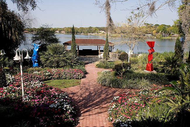 Garden, Enzo's Restaurant on the Lake, Orlando, Florida