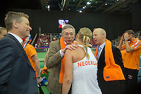 Moskou, Russia, Februari 7, 2016,  Fed Cup Russia-Netherlands, Kiki Bertens (NED) recieves congrats from Rolf Thung (L) and Martin Koek<br /> Photo: Tennisimages/Henk Koster