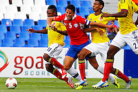 MENDOZA -ARGENTINA- 30-01-2013: Cristian Palomeque (Izq.), Deivy Balanta (2  Der.) y Jherson Vergara (Der.) de Colombia, disputan el balón Igor Lichnovsky  (2 Izq.) de Chile, durante partido entre los seleccionados de Colombia y Chile en el estadio La Malvinas de Mendoza Argentina,  enero  30 de 2013. En partido por el Suramericano Sub 20, clasificatorio al mundial en Turquia. (Foto: VizzorImage / Photogamma) .  Cristian Palomeque (L), Deivy Balanta (2R) y Jherson Vergara (R) from Colombia, fight for the ball with Igor Lichnovsky  (2 R)  from Chile, during the match between Colombia and Chile in the stadium The Falklands in Mendoza, Argentina, on January 30, 2013. In South American game for the Under 20, qualifying to Turkey world cup.  (Photo: Photosport / Photogamma / VizzorImage)..