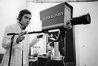 - Belluno, 1977, lo studio di trasmissione di Teledolomiti, una delle prime emittenti televisive private in Italia<br /> <br /> - Belluno, 1977, Teledolomiti broadcasting studio, one of the first private television broadcasters in Italy