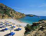Spanien, Balearen, Ibiza (Eivissa): Bucht und Strand von Cala Es Torrent an der Suedkueste | Spain, Balearic Islands, Ibiza (Eivissa): Cala Es Torrent at the southcoast
