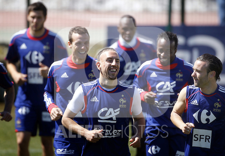 French national football team players Sebastien Squillaci, Sydney Govou, Franck Ribery, Mathieu Valbuena and team mates during their training session in Tignes French Alps, France on May 25, 2010, as part of their preparation for the upcoming World Cup soccer 2010 in South Africa. Domenech is keeping the 23 players who are training at the French Alpine. France will play Uruguay in Capetown in its group A opener match on June 11, Mexico in Polokwane on June 17 and South Africa in Bloemfontein on June 22. ..Photo: Patrick Bernard/Cameleon / ABACA / ALFAQUI