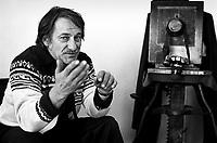FILE PHOTO - Le Photographe Antoine Desilet circa 1980<br /> <br /> <br /> PHOTO :  Andre Boucher - Agence quebec Presse<br /> <br /> HI RES Sur demande - aucune restriction