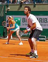 02-06-13, Tennis, France, Paris, Roland Garros,  Jean-Julien Rojer and his dubbles partner Daniela Hantuchova
