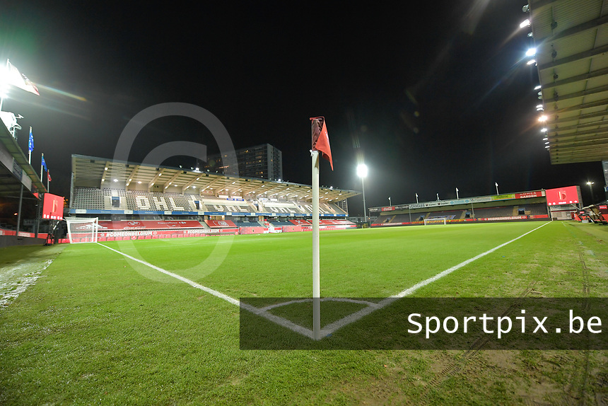 general picture of the pitch at Den Dreef pictured during a female soccer game between the national teams of Belgium , called the Red Flames and Switzerland on the 8 th and last matchday in group H for the qualification for the Womens EURO 2022 in England , on Tuesday 1 th of December 2020  in Leuven , Belgium . PHOTO SPORTPIX.BE | SPP | DIRK VUYLSTEKE