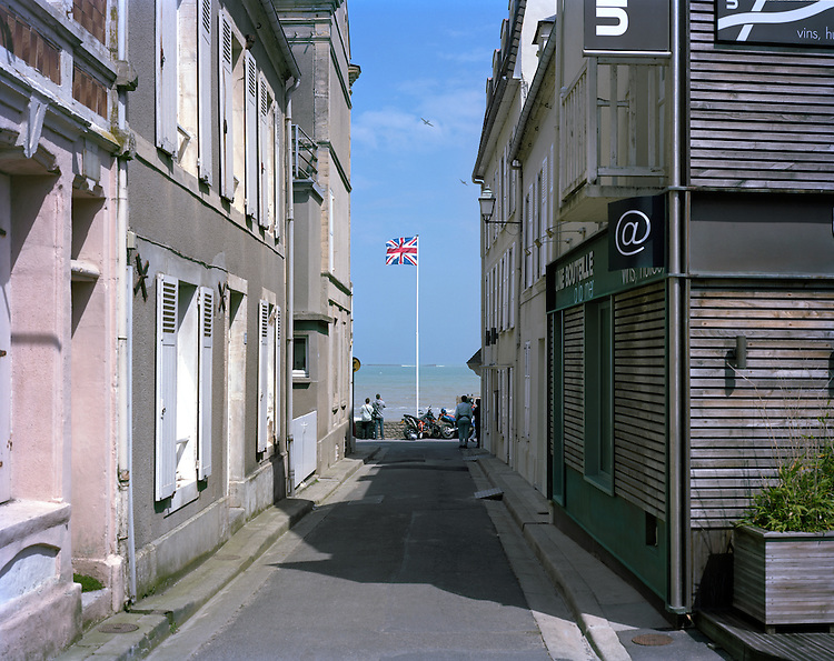 © John Angerson<br /> June 6th 1944. D-day (Operation Overlord) Gold beach, Arromanches-les-Bains, Normandy, France.