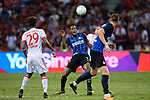 FC Internazionale Midfielder Geoffrey Kondogbia (C) heads the ball during the International Champions Cup match between FC Bayern and FC Internazionale at National Stadium on July 27, 2017 in Singapore. Photo by Weixiang Lim / Power Sport Images