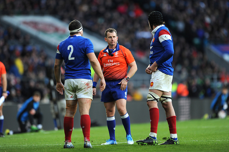 Referee Nigel Owens of Wales speaks to Guilhem Guirado and Sébastien Vahaamahina of France during the Guinness Six Nations match between England and France at Twickenham Stadium on Sunday 10th February 2019 (Photo by Rob Munro/Stewart Communications)