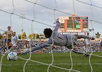 Briana Scurry dives for a goal by Mexico's Monica Ocampo..International friendly, USA Women vs Mexico, Albuquerque, NM,.October 20, 2006.