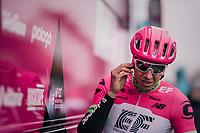 Sep Vanmarcke (BEL/Education First-Drapac) pretty in pink pre-race<br /> <br /> 61th E3 Harelbeke (1.UWT)<br /> Harelbeke - Harelbeke (206km)