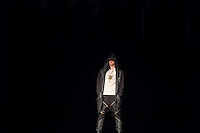 """Sozialarbeit trifft Streetwear<br /> Die Berliner Jugendhilfe-Organisation """"Neue Chance"""" und das Amsterdamer Streetwear-Label """"Rambler"""" veranstalteten am Dienstag den 20. Januar im Astra Kulturhaus eine gemeinsame Fashion Show. Praesentiert wurden Streetwear-Designs, die kreative junge Klientinnen und Klienten der """"Neuen Chance"""" gemeinsam mit professionellen Designern von Rambler entwickelt haben. Bis zu 500 Gaeste aus Jugendhilfe, Verwaltung, Sozialpolitik und Modebranche aus Berlin und Amsterdam sahen eine Modenschau, die nicht auf Profit aus war.<br /> 20.1.2015, Berlin<br /> Copyright: Christian-Ditsch.de<br /> [Inhaltsveraendernde Manipulation des Fotos nur nach ausdruecklicher Genehmigung des Fotografen. Vereinbarungen ueber Abtretung von Persoenlichkeitsrechten/Model Release der abgebildeten Person/Personen liegen nicht vor. NO MODEL RELEASE! Nur fuer Redaktionelle Zwecke. Don't publish without copyright Christian-Ditsch.de, Veroeffentlichung nur mit Fotografennennung, sowie gegen Honorar, MwSt. und Beleg. Konto: I N G - D i B a, IBAN DE58500105175400192269, BIC INGDDEFFXXX, Kontakt: post@christian-ditsch.de<br /> Bei der Bearbeitung der Dateiinformationen darf die Urheberkennzeichnung in den EXIF- und  IPTC-Daten nicht entfernt werden, diese sind in digitalen Medien nach §95c UrhG rechtlich geschuetzt. Der Urhebervermerk wird gemaess §13 UrhG verlangt.]"""