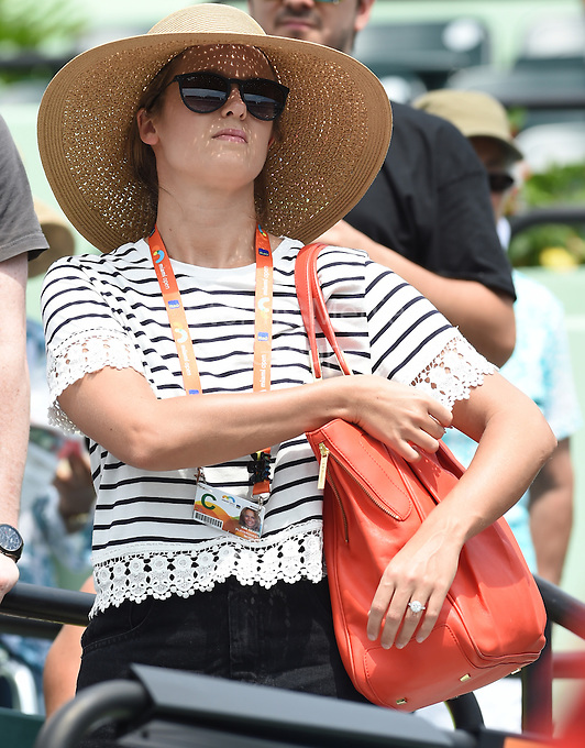 KEY BISCAYNE, FL - MARCH 27: Andy Murray of Great Britain's fiancee Kim Sears puts on lipstick as she watches Andy's straight sets victory against Donald Young of the United States in their second round match during the Miami Open Presented by Itau at Crandon Park Tennis Center on March 27, 2015 in Key Biscayne, Florida<br /> <br /> <br /> People:  Kim Sears<br /> <br /> Transmission Ref:  FLXX<br /> <br /> Must call if interested<br /> Michael Storms<br /> Storms Media Group Inc.<br /> 305-632-3400 - Cell<br /> 305-513-5783 - Fax<br /> MikeStorm@aol.com