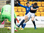 St Johnstone v Dundee…02.10.21  McDiarmid Park.    SPFL<br />Glenn Middleton battles with Lee Ashcroft<br />Picture by Graeme Hart.<br />Copyright Perthshire Picture Agency<br />Tel: 01738 623350  Mobile: 07990 594431