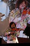 Violinist Taro Hakase performs in Jonetsu Tairiku Summer Live 2008. 9 August, 2008. (Taro Fujimoto/JapanToday/Nippon News)
