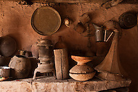 Afrique/Afrique du Nord/Maroc/Env d' Immouzer-Ida-Outanane: Détail intérieur de la remise d'une ferme berbère