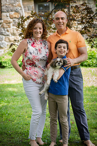 Cantor David Rosen, Ilyse Glickman and Family Portraits<br /> Kol Ami, White Plains New York