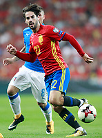 Spain's Isco Alarcon (r) and Italy's Marco Verratti during FIFA World Cup 2018 Qualifying Round match. September 2,2017.(ALTERPHOTOS/Acero)
