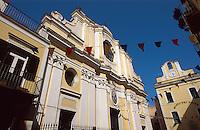 Italien, Ischia, Kathedrale und Museo del Mare in Ponte
