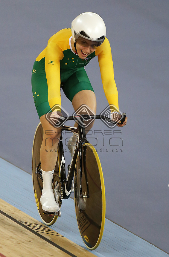Jayme Paris (AUS) competes in the Women's C1-2-3 Individual Pursuit.<br /> Track Cycling, Velodrome, Olympic Park (Thursday 29th Aug)<br /> Paralympics - Summer / London 2012<br /> London England 29 Aug - 9 Sept <br /> © Sport the library/Joseph Johnson