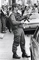 1984 FILE PHOTO - ARCHIVES -<br /> <br /> Jean - Claude Nadeau Hostage Incident. Quebec City, Quebec<br /> <br /> 1984<br /> <br /> PHOTO : Boris Spremo - Toronto Star Archives - AQP