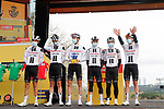 Team Sunweb leading team of yesterday's stage at sign on before the start of Stage 18 of the Vuelta Espana 2020, running 139.6km from Hipódromo de La Zarzuela to Madrid, Spain. 8th November 2020. <br /> Picture: Luis Angel Gomez/PhotoSportGomez | Cyclefile<br /> <br /> All photos usage must carry mandatory copyright credit (© Cyclefile | Luis Angel Gomez/PhotoSportGomez)