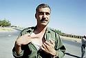 Irak 2002 Au camp des forces spéciales a Salahaddin,un peshmerga montrant ses blessures   Iraq 2002 Special forces in Salahaddin, a peshmerga showing his wounds