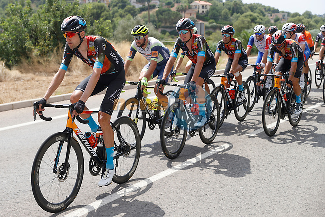 Bahrain Victorious in the peloton during Stage 6 of La Vuelta d'Espana 2021, running 158.3km from Requena to Alto de la Montaña Cullera, Spain. 19th August 2021.    <br /> Picture: Luis Angel Gomez/Photogomezsport | Cyclefile<br /> <br /> All photos usage must carry mandatory copyright credit (© Cyclefile | Luis Angel Gomez/Photogomezsport)
