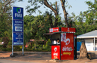 MALAWI, Salima, money transfer with airtel money, Airtel is an indian mobile phone company / MALAWI, Salima, Geldüberweisung per Mobiltelefon von Airtel