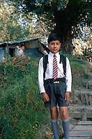 Schulkind in Srinagar (Kashmir)Indien